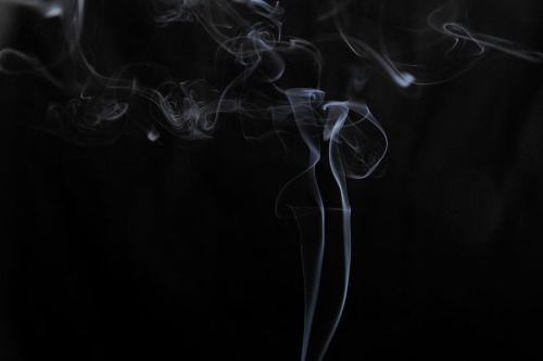 Qin Jason Jin, Smoke Statue, photography
